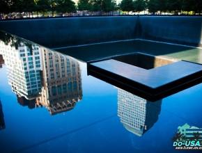 Památník, kde stáli dvojčata...